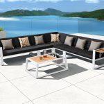 salas para jardin_muebles-de-exterior-muebles-de-jardin-muebles-de-terraza-camastros-alberca-hotel-playa_rattan