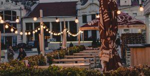 decoracion-restaurantes-lamparas-terraza