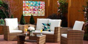 cómo-decora-jardín-cojín-exterior-flores-cuadro
